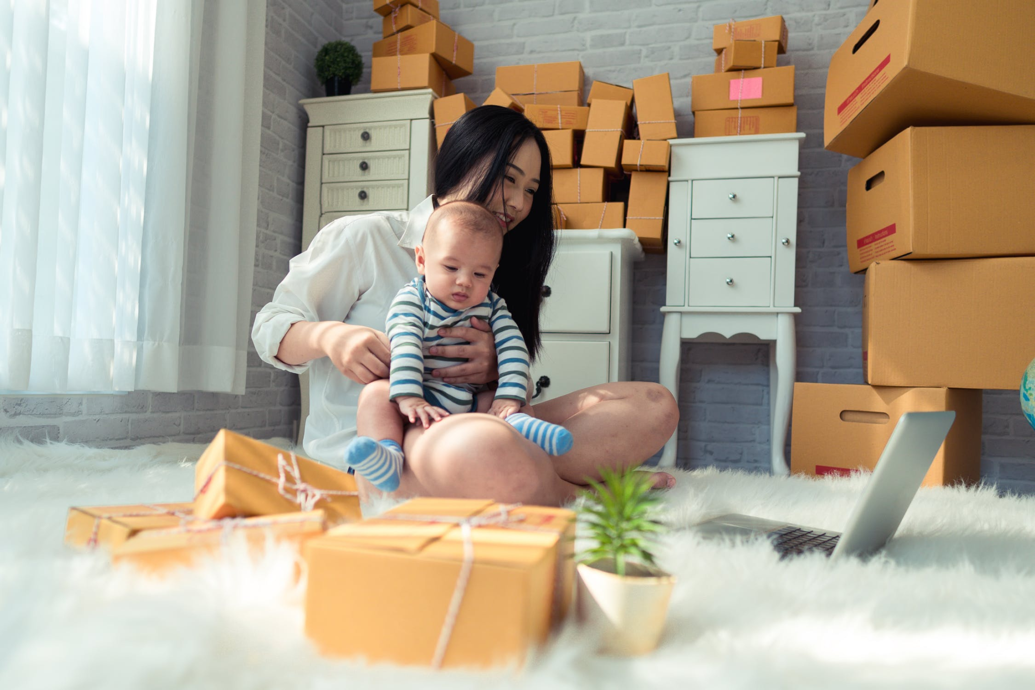 How Personal Storage Containers Can Help You Move House In